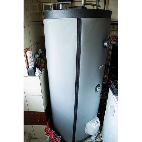 Система горячего водоснабжения и поддержки отопления на вакуумных коллекторах