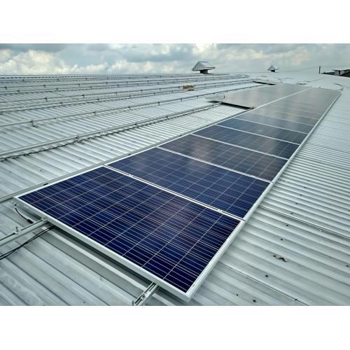 """Мережева сонячна електростанція потужністю 26,5 кВт під """"зелений"""" тариф"""