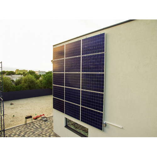 Гібридна сонячна станція з можливістю продажу надлишків сонячної енергії по «зеленому» тарифу.