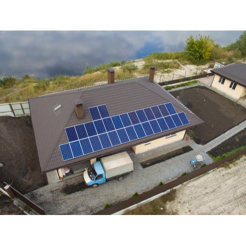 Автономна сонячна електростанція встановленою потужністю 8,2 кВт