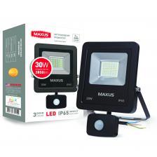 LED Прожектор MAXUS 30W, 5000K с датчиком движения